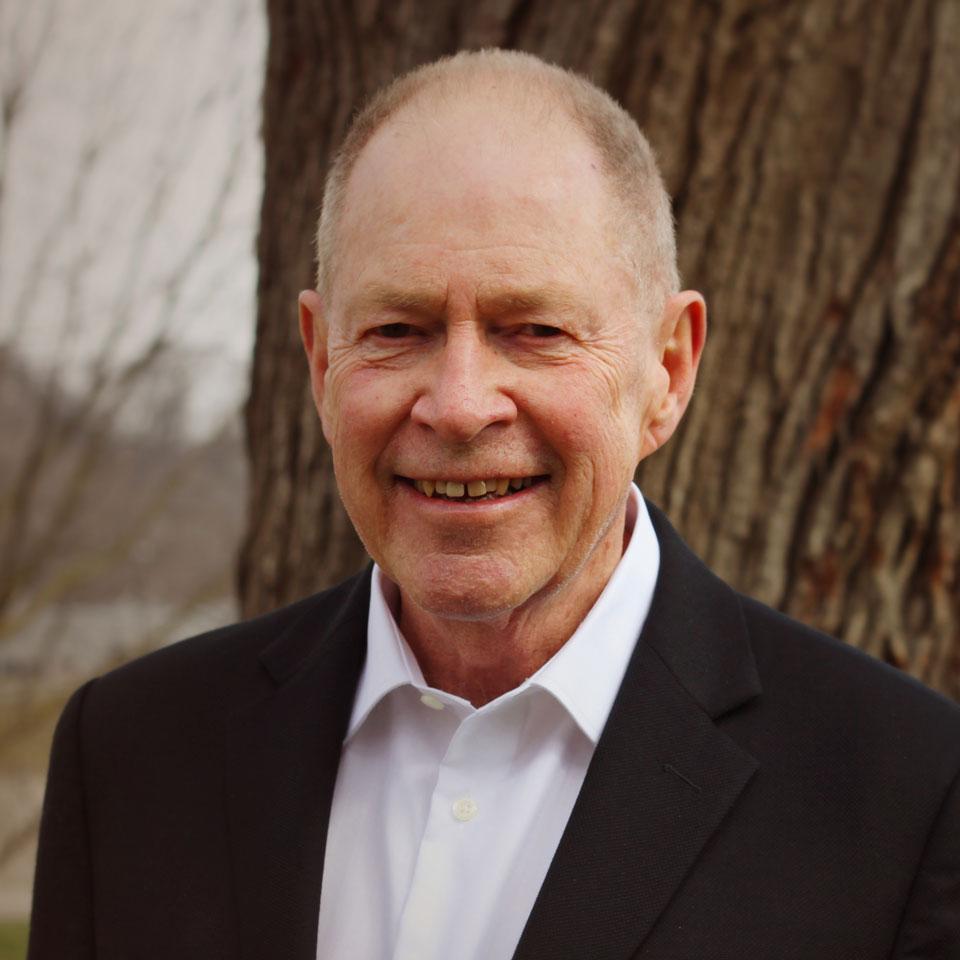 Robert L Douglas, CPA, CA